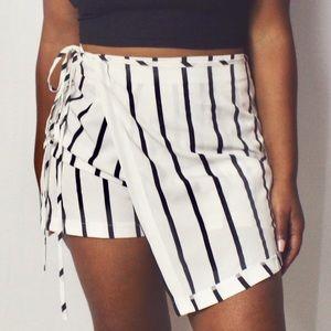 *NEW striped skort
